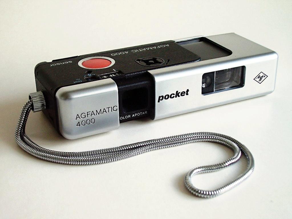 So ungefähr sah meine erste eigene Kamera aus.